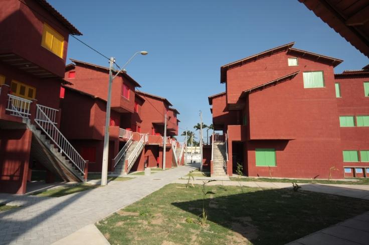Conjunto Habitacional do Vila do Mar, realizado pela gestão da ex-prefeita Luizianne Lins com recursos do PAC - Foto: Thiago Gaspar